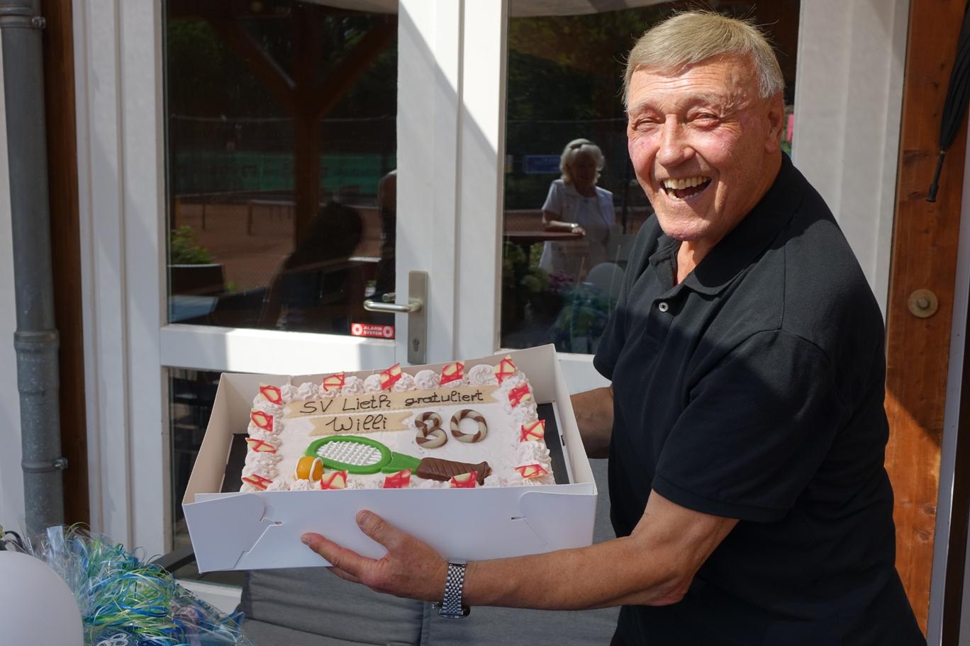 """Trainerlegende Wilfried """"Willi"""" Ristow feiert seinen 80. Geburtstag"""